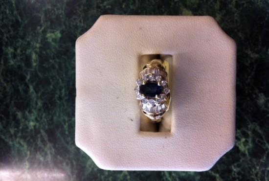 Rings sapphire diamond gold